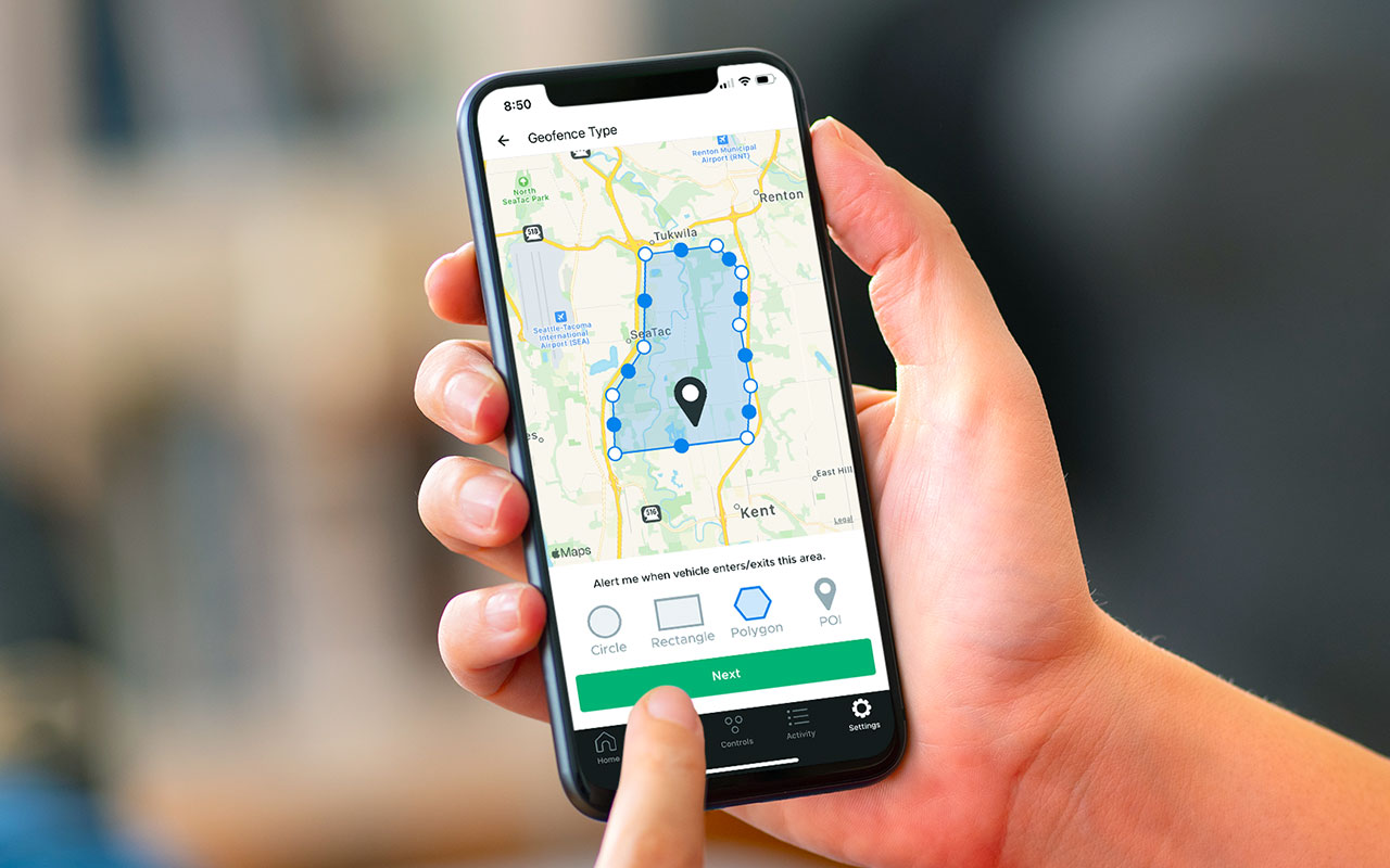 person setting up geofence perimeter through DroneMobile App